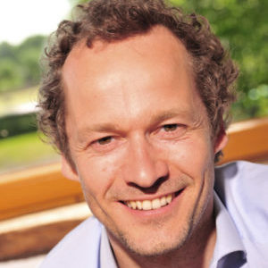 Speaker - Axel Perinchery